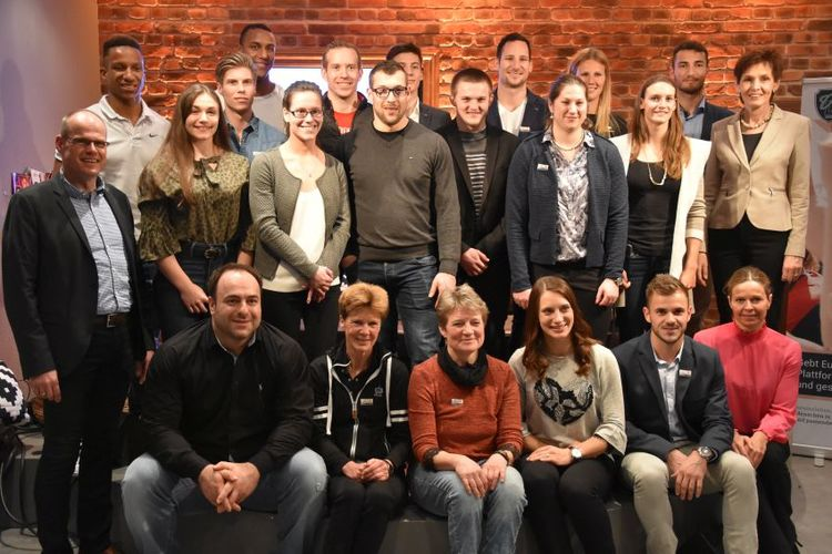 Rheinland-Pfälzische Spitzensportler unterschreiben Fördervertrag