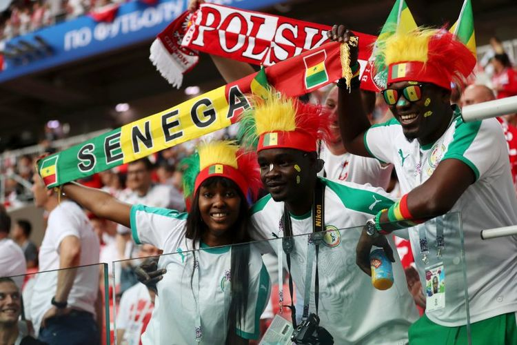 Feiernde Fans aus Senegal